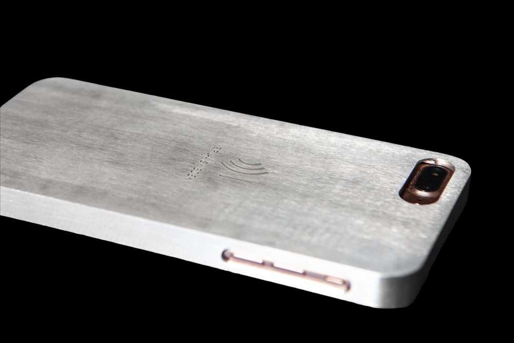 Starålningsskyddande mobilskal i rent aluminium från RP of Sweden